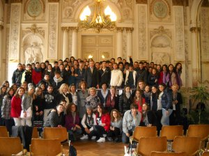 gli allievi del Liceo nella Salle des Fetes di Avignone