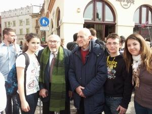 I ragazzi del Liceo di Ceccano con i sopravvissuti di Auschwitz Birkenau: Sami Modiano e Piero terracina
